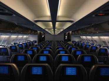 airplane-734363_640.jpg